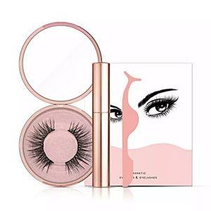 Other - Magnetic Eyeliner & Eyelash Kit with Applicator